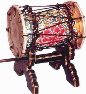 鞨鼓(かっこ)